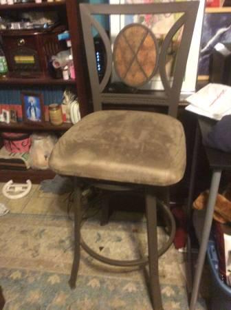 Sitting stool (Taunton) $20