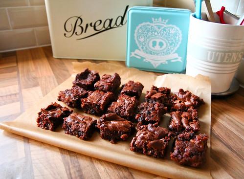 Anyone fancy a chocolate caramel squidgy brownie ?