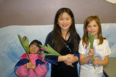 Girls Holding Tulips – The Great Tulip Trade